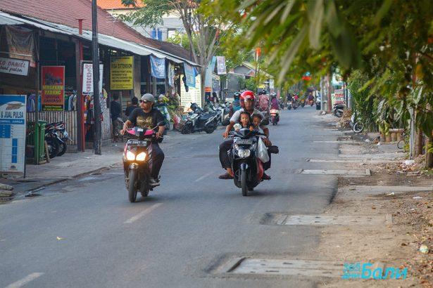 Транспорт в Бали - моторче